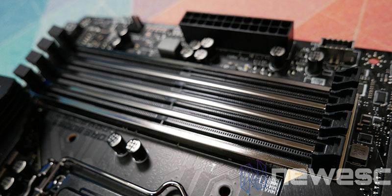 REVIEW MSI MEG Z590 ACE PUERTOS DIMM