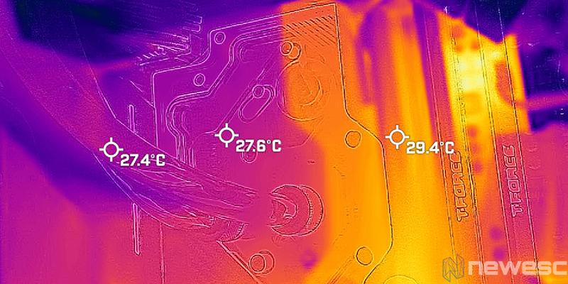 REVIEW MSI MPG X570S CARBON EK X TEMPERATURAS