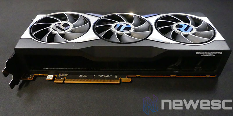 REVIEW SAPPHIRE AMD RADEON RX 6900XT LADO INTERNO