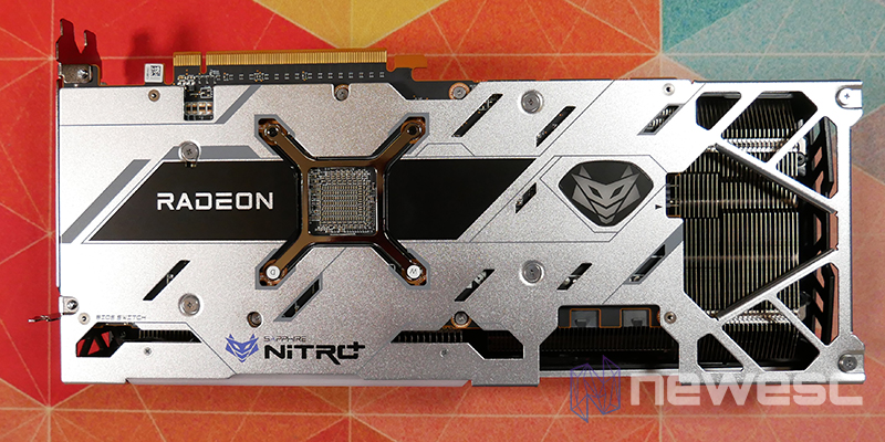 REVIEW SAPPHIRE NITRO RX 6700 XT GAMING OC BACKPLATE