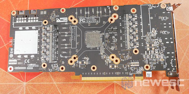 REVIEW SAPPHIRE NITRO RX 6700 XT GAMING OC PCB DETRAS