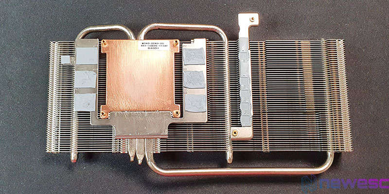 REVIEW SAPPHIRE PULSE RADEON 5600 XT RADIADOR DETRAS