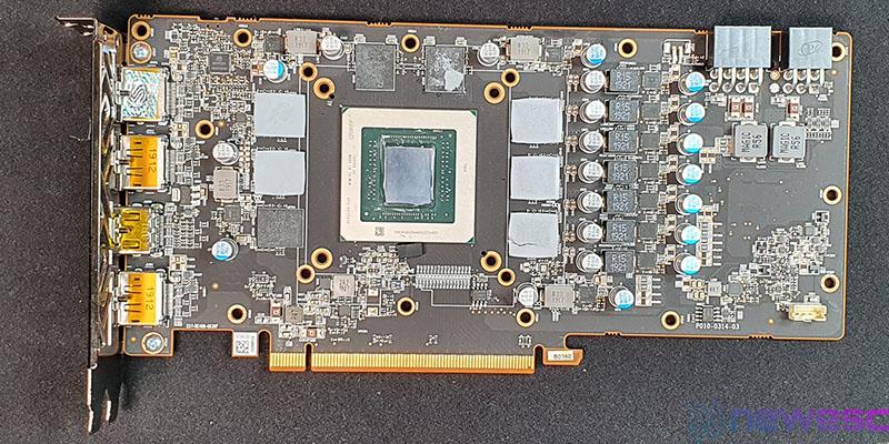 REVIEW SAPPHIRE PULSE RADERON 5700 XT PCB DESDE ARRIBA