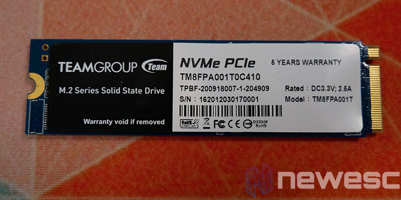 REVIEW TFORCE CARDEA CERAMIC C440 1TB PCB DETRAS CON PEGATINA