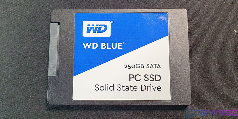 REVIEW WD BLUE 250GB SSD SATA DELANTE