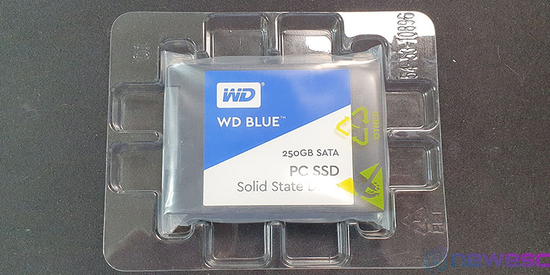 REVIEW WD BLUE 250GB SSD SATA PROTECCION PLÁSTICO
