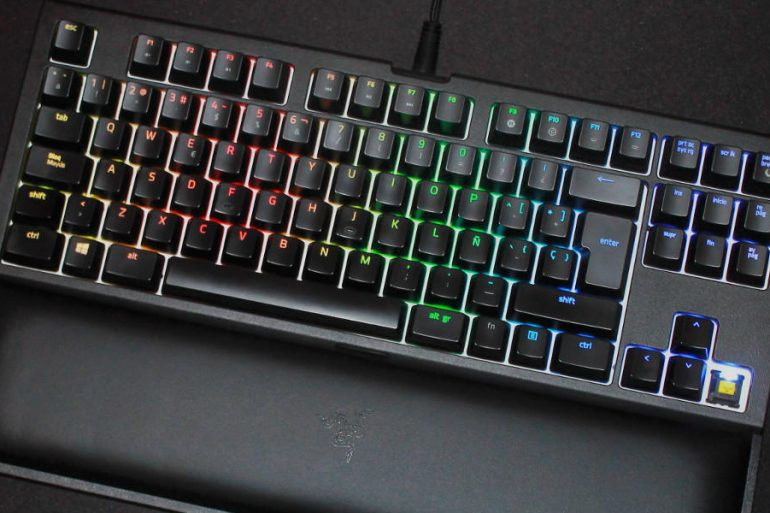 Razer Blackwidow Tournament Edition chroma v2 destacada