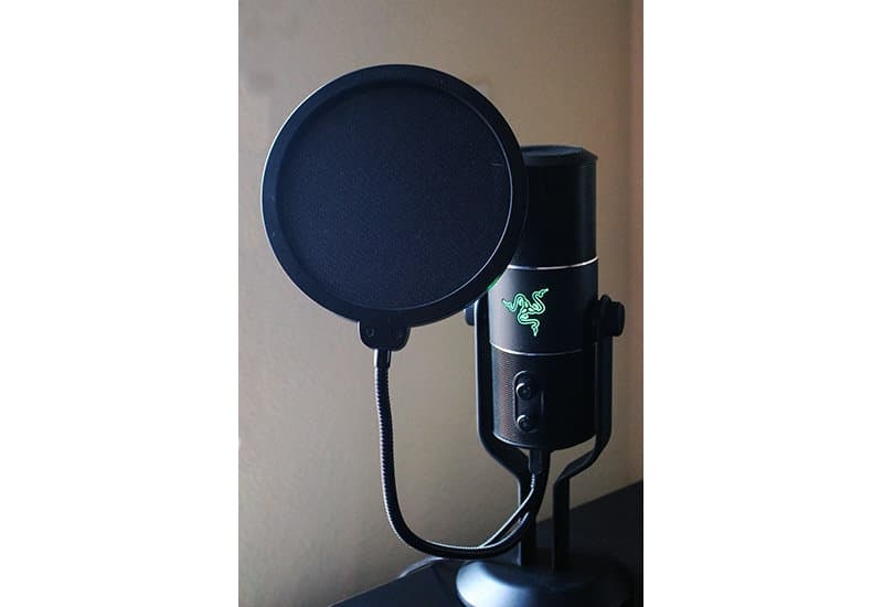 Razer Seiren NewEsc vista general