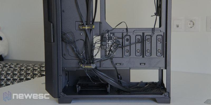 Review Antec DP502 Flux 11