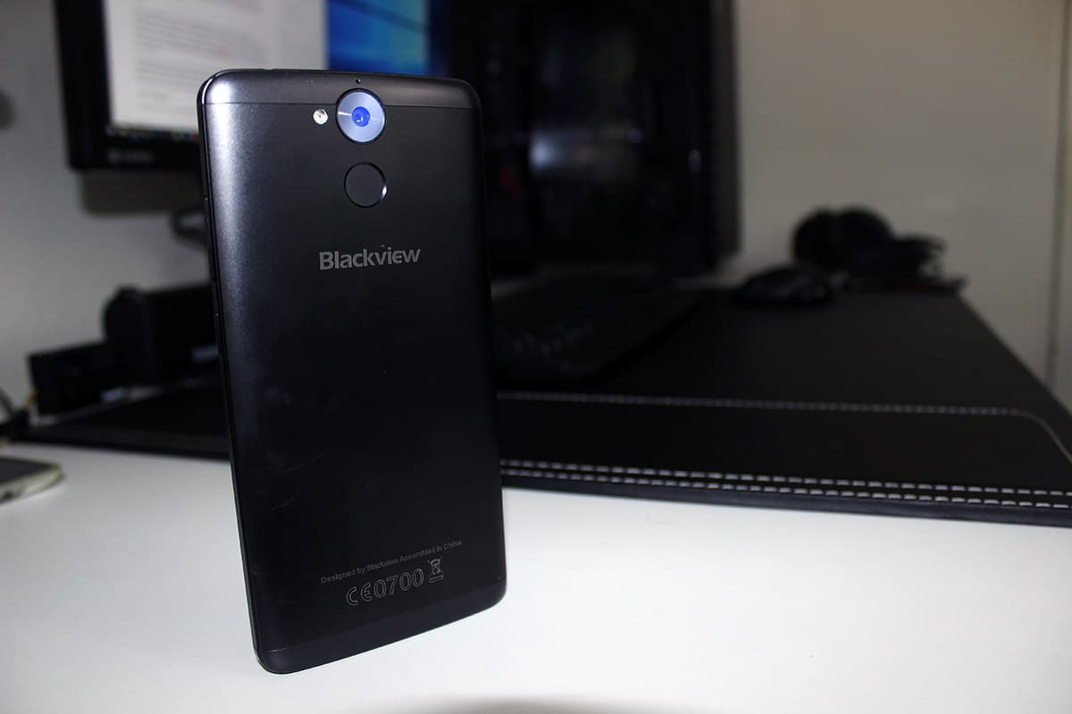 Review Blackview P2 diseño