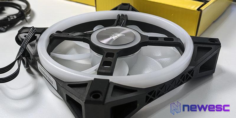 Review Corsair QL120 RGB construcción