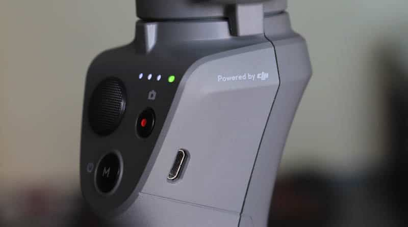 Review DJI Osmo Mobile 2 NewEsc leds y microusb