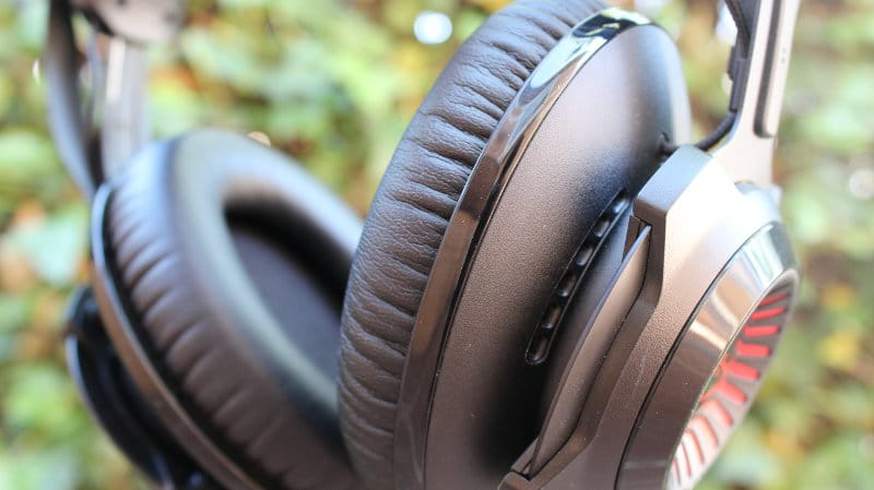 Review HyperX Cloud Revolver headset near