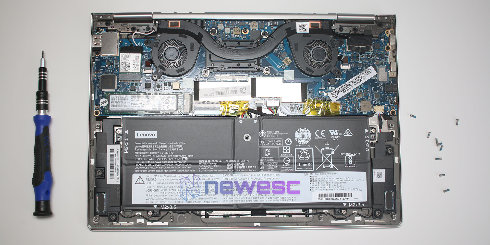 Review Lenovo Yoga 730 Componentes internos