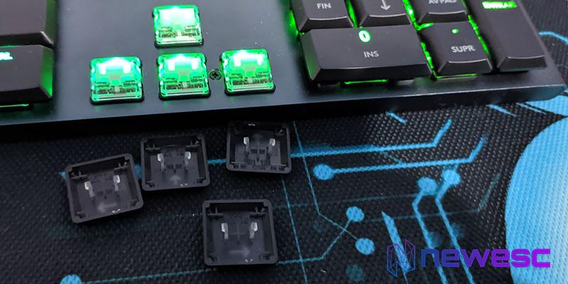 Review Logitech G815 RGB LIGHTSYNC Interruptores