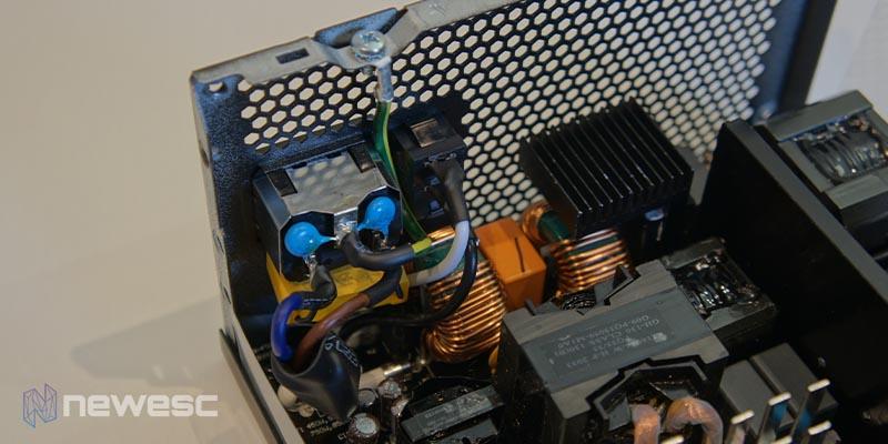 Review MSI PSU AxxxGF 13 1