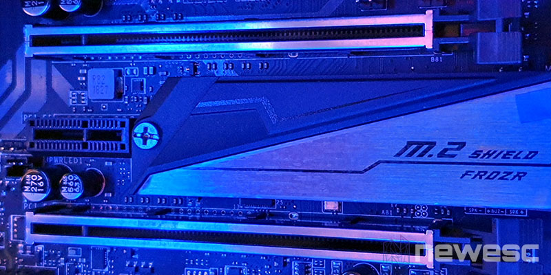 Review MSI Z390 ACE RAM Slots