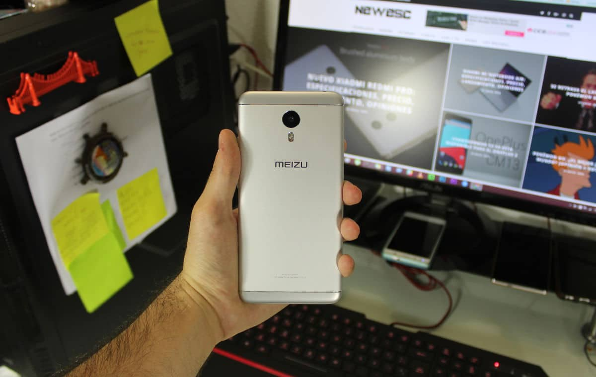 Review Meizu M3 Note parte trasera