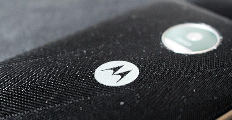 Review Moto Z Play NewEsc detalle trasera