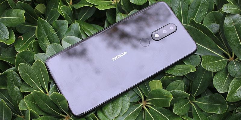 Review Nokia X5 carcasa trasera