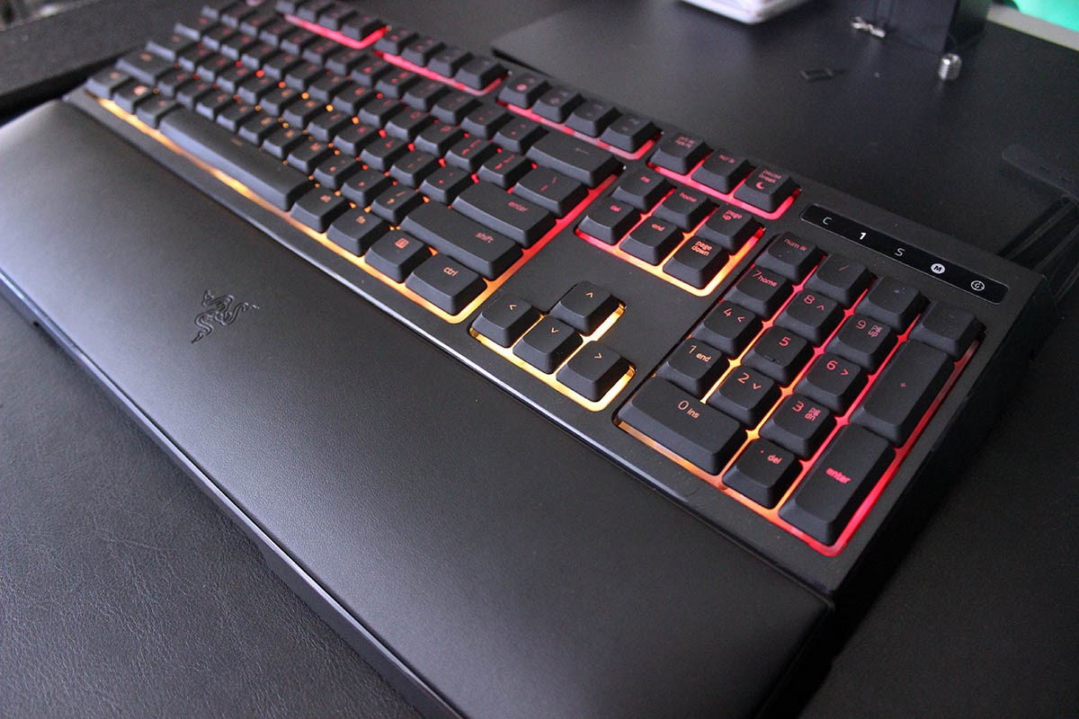 Review Razer Ornata Chroma completo