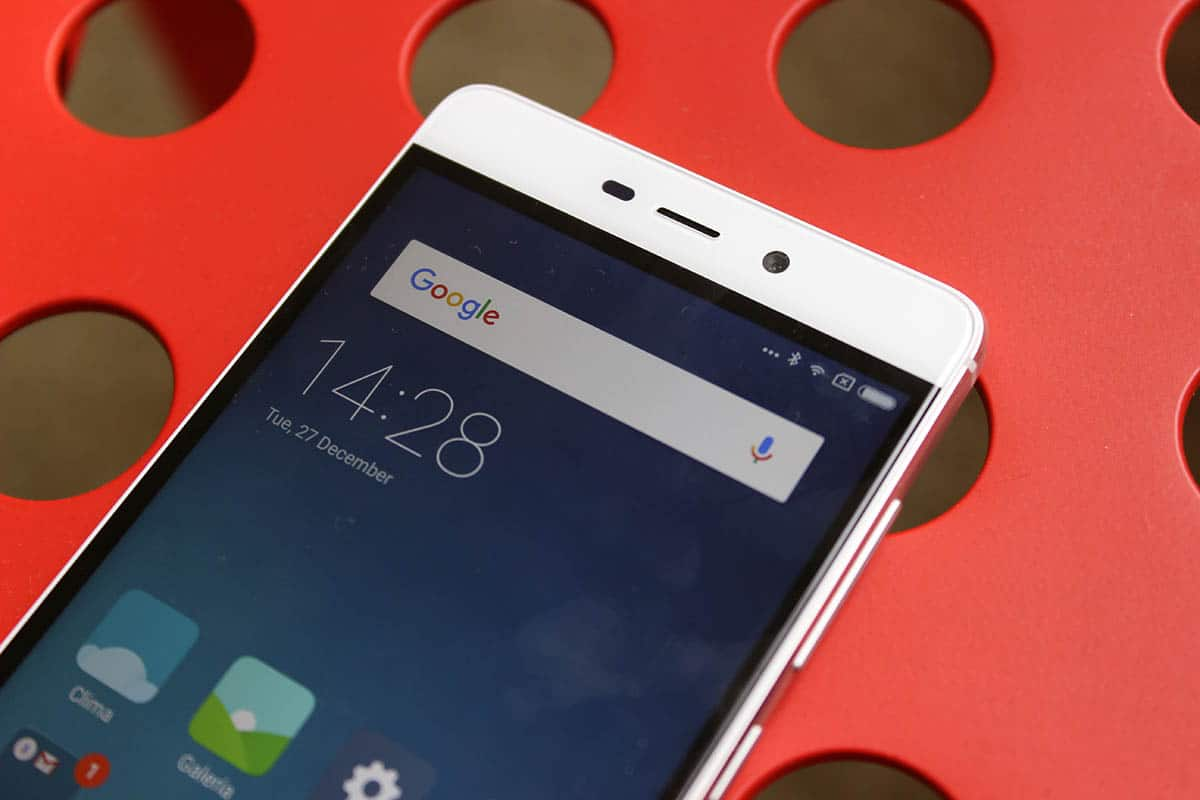 review-xiaomi-redmi-4-pantalla-y-camara-frontal