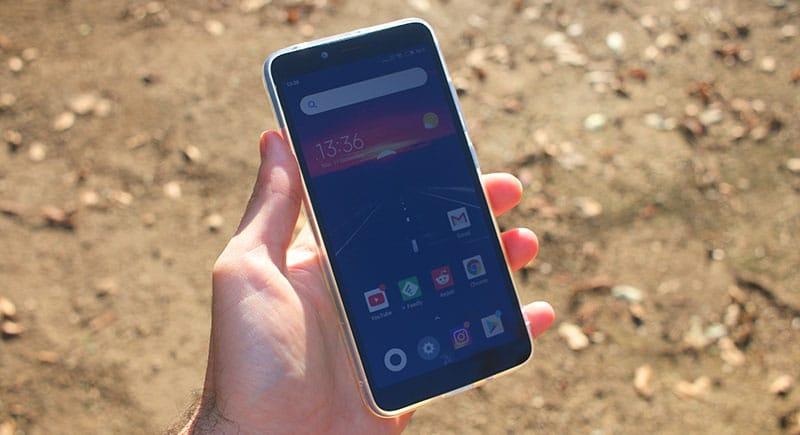 Review Xiaomi Redmi 6 Pantalla al sol