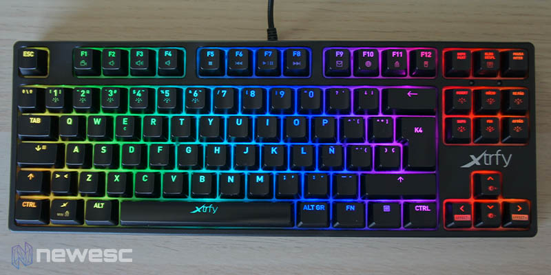 Review Xtrfy K4 RGB TKL 7