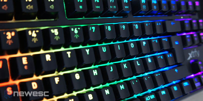 Review Xtrfy K4 RGB TKL 9