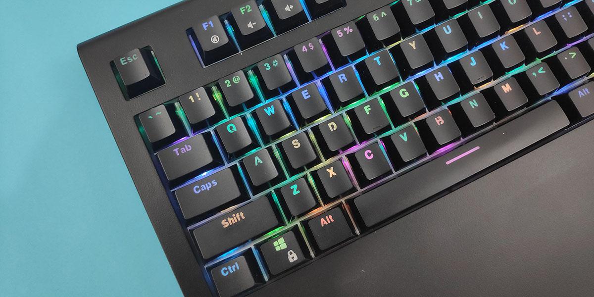 teclado mecanico barato amazon