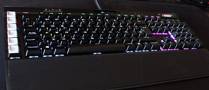 Vista general Corsair K95 RGB Platinum NewEsc