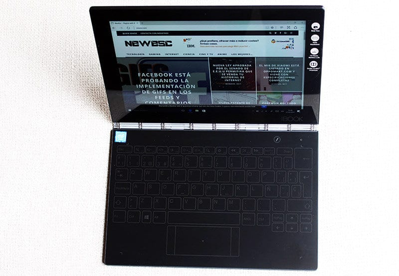 Vista superior Lenovo Yoga Book NewEsc