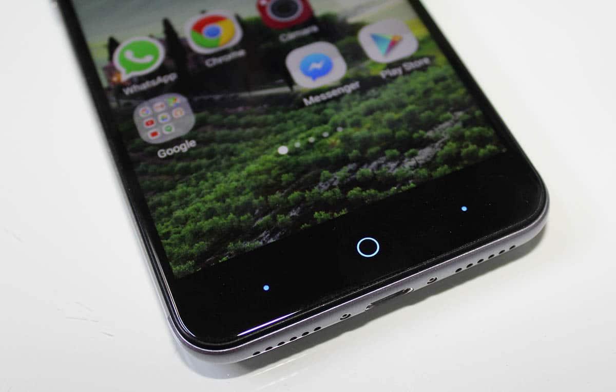 ZTE Blade V7 SMartphone botones tactiles