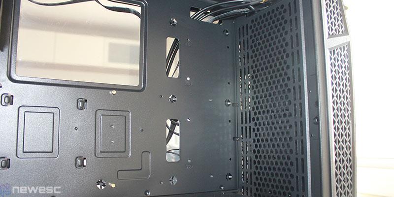 aerocool klaw interior