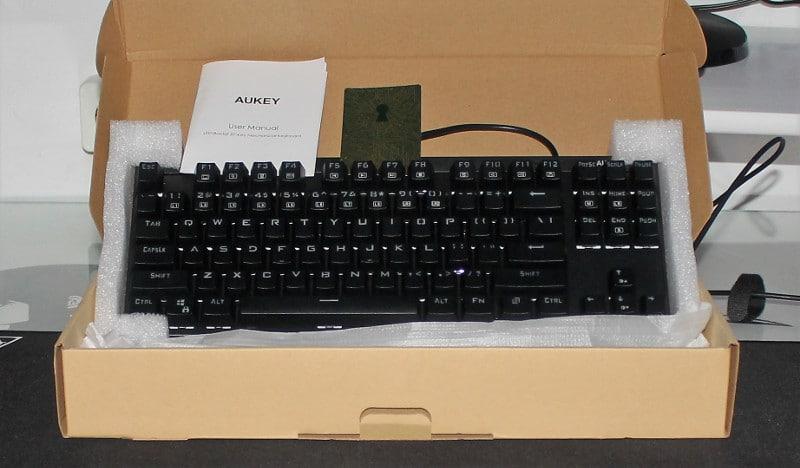 aukey km-g7 pack
