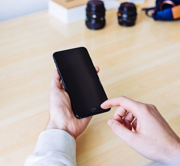 iphone 8 con pantalla pirata