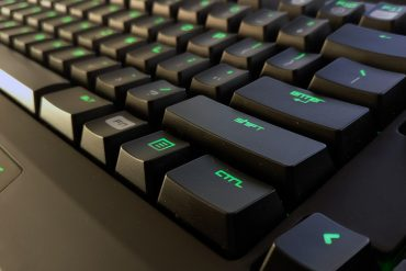 portada-razer-blackwidow-chroma-newesc