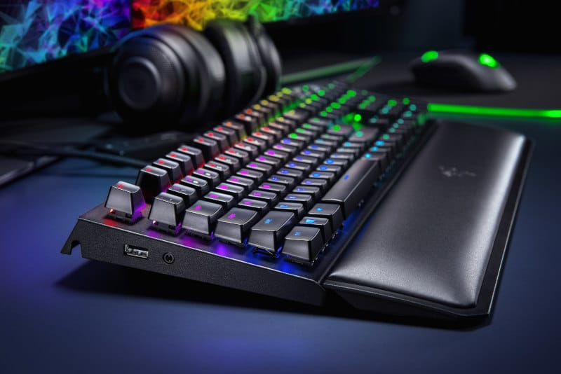razer pax west ifa blackwidow elite lateral