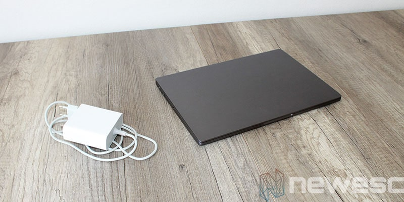 review xiaomi mi laptop air cargador